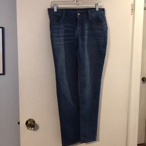 Apt. 9 skinny leg modern blue jeans